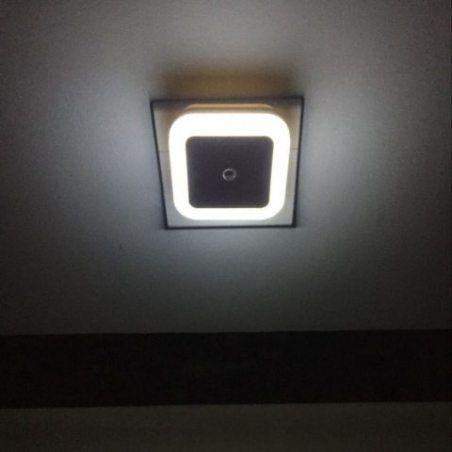 BAYORK LED Veilleuse Lampe de Nuit 0,5W Dusk to Dawn Capteur Automatique Détecteur de Lumière, Idéal pour Chambre Enfant Bébé